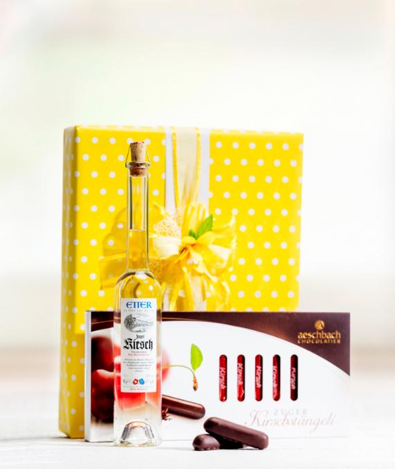 Image of Aeschbach Chocolatier Kirschstängeli und Zuger Kirsch-Set