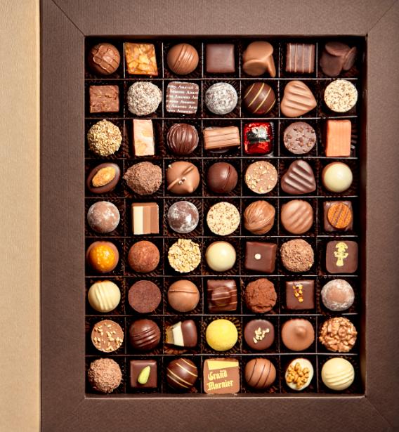 Image of Aeschbach Chocolatier Fibel Pralinés & Truffes (84 Stück)